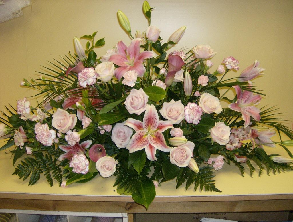 Fresh Flower Funeral Spray Stdrews Cupar Newburgh Fife